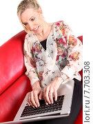 Купить «Frau auf der Couch mit Laptop», фото № 7703308, снято 20 мая 2019 г. (c) PantherMedia / Фотобанк Лори