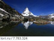 Купить «sightseeing alps hike switzerland ramble», фото № 7783324, снято 18 июня 2019 г. (c) PantherMedia / Фотобанк Лори