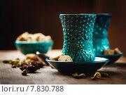 Купить «Специи и пряности. Восточная посуда для чая.», фото № 7830788, снято 22 октября 2018 г. (c) Дарья Зуйкова / Фотобанк Лори