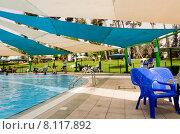 Beer-Sheva, ISRAEL - Открытый летний бассейн с навесом (2015 год). Редакционное фото, фотограф Наталия Пылаева / Фотобанк Лори