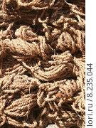 Купить «brown brunette material rope drug», фото № 8235044, снято 18 июня 2019 г. (c) PantherMedia / Фотобанк Лори