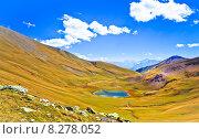 Купить «Небольшое озеро в горах. Карачево-Черкесия, Россия», фото № 8278052, снято 17 сентября 2012 г. (c) Роман Лысогор / Фотобанк Лори