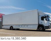 Купить «truck on city parking», фото № 8380340, снято 24 мая 2015 г. (c) Syda Productions / Фотобанк Лори