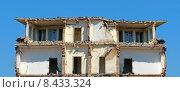 Купить «building house buildings ruin expire», фото № 8433324, снято 24 октября 2019 г. (c) PantherMedia / Фотобанк Лори