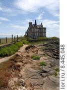 Купить «building house rock coast path», фото № 8445048, снято 17 июля 2018 г. (c) PantherMedia / Фотобанк Лори