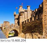 Купить «Facade of Templar Castle, built in the 12th century. Ponferrada», фото № 8468204, снято 21 февраля 2019 г. (c) Яков Филимонов / Фотобанк Лори