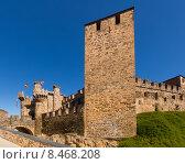 Купить «Templar Castle, built in the 12th century. Ponferrada», фото № 8468208, снято 22 мая 2019 г. (c) Яков Филимонов / Фотобанк Лори