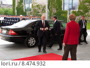 Купить «Putin Merkel +», фото № 8474932, снято 1 июня 2012 г. (c) Caro Photoagency / Фотобанк Лори