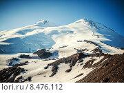 Купить «Западная и восточная вершины горы Эльбрус крупным планом», фото № 8476112, снято 8 июля 2015 г. (c) katalinks / Фотобанк Лори