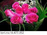 Купить «Букет роз в целлофане», эксклюзивное фото № 8477352, снято 3 августа 2015 г. (c) Blekcat / Фотобанк Лори