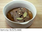 Купить «meat beef sauerbraten inlaid speciality», фото № 8573444, снято 24 января 2019 г. (c) PantherMedia / Фотобанк Лори