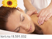Купить «woman relax relaxing wellness resting», фото № 8591032, снято 20 февраля 2019 г. (c) PantherMedia / Фотобанк Лори