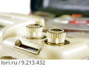 Купить «hifi bandmaschine drehkn pfe magnetophon», фото № 9213432, снято 18 июля 2018 г. (c) PantherMedia / Фотобанк Лори