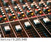 Купить «Mixing console», фото № 9285948, снято 16 июля 2018 г. (c) PantherMedia / Фотобанк Лори