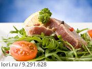 Sliced Tuna Steak. Стоковое фото, фотограф Francesco Dibartolo / PantherMedia / Фотобанк Лори