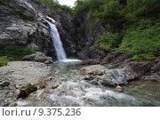 Купить «Водопад ручья Санчаро, КЧР», фото № 9375236, снято 13 июня 2015 г. (c) Оглоблин Андрей Николаевич / Фотобанк Лори