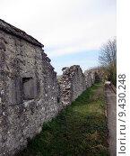 Купить «old wall france fortification decompose», фото № 9430248, снято 21 марта 2019 г. (c) PantherMedia / Фотобанк Лори