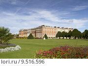 Купить «Hampton Court Palace», фото № 9516596, снято 20 июня 2019 г. (c) PantherMedia / Фотобанк Лори
