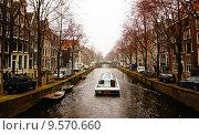 Каналы Амстердама (2015 год). Редакционное фото, фотограф DMITRII KUDASOV / Фотобанк Лори