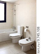 Купить «bathroom with bath toilet and bidet», фото № 9745108, снято 20 марта 2019 г. (c) PantherMedia / Фотобанк Лори