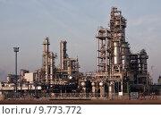 Купить «environment industry oil refinery enviroment», фото № 9773772, снято 18 июля 2018 г. (c) PantherMedia / Фотобанк Лори