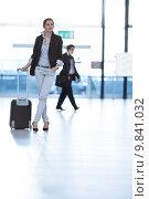 Купить «Pretty young female passenger at the airport », фото № 9841032, снято 22 февраля 2020 г. (c) PantherMedia / Фотобанк Лори