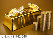 Купить «Gold value», фото № 9942640, снято 26 апреля 2019 г. (c) PantherMedia / Фотобанк Лори