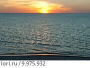 Красочный закат солнца в море. Стоковое фото, фотограф Svet / Фотобанк Лори