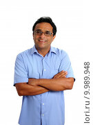 Купить «indian latin businessman glasses blue shirt on white», фото № 9989948, снято 16 января 2019 г. (c) PantherMedia / Фотобанк Лори