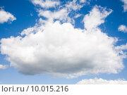 Облако в небе. Стоковое фото, фотограф Дмитрий Булин / Фотобанк Лори