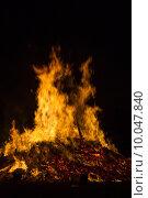 Купить «fire solstice conflagration midsummer festival», фото № 10047840, снято 20 сентября 2019 г. (c) PantherMedia / Фотобанк Лори