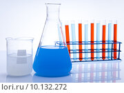Купить «Laboratory flasks with fluids of different colors », фото № 10132272, снято 18 августа 2018 г. (c) PantherMedia / Фотобанк Лори