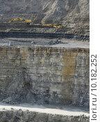 Купить «shovel quarry dredger baumaschinen schaufelbagger», фото № 10182252, снято 24 марта 2019 г. (c) PantherMedia / Фотобанк Лори
