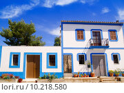 Купить «Ibiza white house in Sant Miquel del Balansat», фото № 10218580, снято 21 августа 2019 г. (c) PantherMedia / Фотобанк Лори