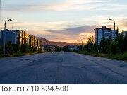 На закате в Ковдоре, Мурманская область (2014 год). Редакционное фото, фотограф Виталий Пушкарев / Фотобанк Лори