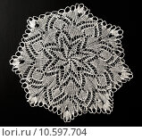 Купить «Crocheted lace napkin», фото № 10597704, снято 22 июля 2015 г. (c) Ярочкин Сергей / Фотобанк Лори