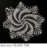 Купить «Crocheted lace napkin», фото № 10597756, снято 22 июля 2015 г. (c) Ярочкин Сергей / Фотобанк Лори