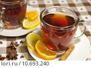 Купить «Tea cups at the table», фото № 10693240, снято 25 апреля 2018 г. (c) PantherMedia / Фотобанк Лори
