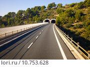 Купить «Highway with tunnels», фото № 10753628, снято 23 марта 2019 г. (c) PantherMedia / Фотобанк Лори