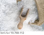 Купить «Sea salt in a burlap sack», фото № 10768112, снято 23 января 2019 г. (c) PantherMedia / Фотобанк Лори