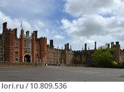 Купить «palace london thames hampton court», фото № 10809536, снято 20 июня 2019 г. (c) PantherMedia / Фотобанк Лори