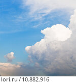 Купить «cloud front in blue sky», фото № 10882916, снято 20 сентября 2019 г. (c) PantherMedia / Фотобанк Лори