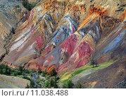 Купить «Разноцветная глина, Алтайские горы. Кызылчин», фото № 11038488, снято 12 июня 2015 г. (c) Михаил Коханчиков / Фотобанк Лори