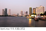 Купить «Buildings along the river at sunset. The view from Asiatique. Attractions in Bangkok, Thailand.», фото № 11130372, снято 24 января 2019 г. (c) PantherMedia / Фотобанк Лори