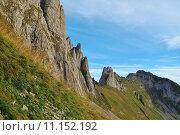 Купить «rock path alpstein grashang mountain», фото № 11152192, снято 4 июля 2020 г. (c) PantherMedia / Фотобанк Лори