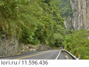 Купить «Road in Taroko National Park», фото № 11596436, снято 20 июня 2019 г. (c) PantherMedia / Фотобанк Лори