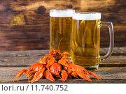 Купить «Пиво и вареные раки», фото № 11740752, снято 15 октября 2018 г. (c) Руслан Митин / Фотобанк Лори