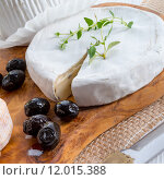 Купить «cheese mozzarella camembert roquefort caprese», фото № 12015388, снято 26 мая 2019 г. (c) PantherMedia / Фотобанк Лори