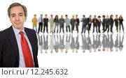 Купить «business man in front of a group of people», фото № 12245632, снято 20 марта 2019 г. (c) PantherMedia / Фотобанк Лори