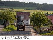 Reinhard, Germany, Landstrasse by Reinhard (2013 год). Редакционное фото, агентство Caro Photoagency / Фотобанк Лори